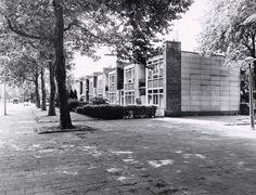Tuindorp Frankendael, a.k.a. Jeruzalem, Amsterdam, Cornelis van Eesteren, Ben Merkelbach, Mart Stam and others, 1947-51. View this on the map