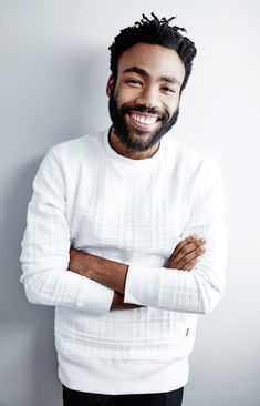 """Donald Glover // Childish Gambino [delevingned: """" Donald Glover of 'The Martian' poses for a portrait during the 2015 Toronto Film Festival on September 2015 in Toronto, Ontario. Donald Glover, Corporate Portrait, Business Portrait, Headshot Poses, Portrait Photography Men, Childish Gambino, Men Photoshoot, Male Poses, Foto Pose"""