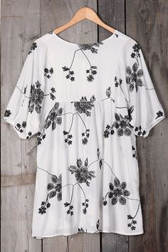 Cupshe Black Roses Embroidered Long Top