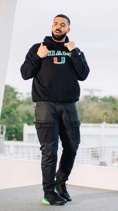 Only Drake, Drake Fashion, Drake Photos, Drake Wallpapers, Drake Clothing, Drake Drizzy, Drake Graham, Aubrey Drake, Cute Black Boys