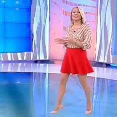 More on tvmagia.ro Beautiful Legs, Dresses For Work, Weather, News, Sports, Style, Fashion, Love Letters To Your Boyfriend, Boyfriends