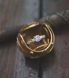 Photo extraite de Harry Potter : les bagues de fiançailles inspirées des romans de la saga (16 photos)