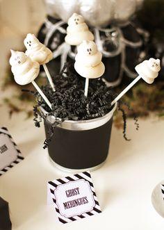 Cake pop display: Halloween Party Ideas Ghost Meringue