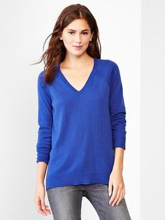 Eversoft V-neck sweater Product Image