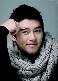 Hyun Bin - those dimples doe Korean Star, Korean Men, Asian Men, Korean Actors, Korean Dramas, Hyun Bin, Song Hye Kyo, Gorgeous Men, Beautiful People