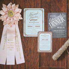 Detalles para invitaciones y papelería de boda