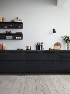Kitchen Index wall module Furniture, Kitchen Furniture, Ikea Kitchen Design, Classy Kitchen, Living Room Sofa, Interior, Built In Bar Cabinet, Home Decor, Black And White Furniture
