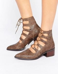 Schuhe (DAMEN)   Absatzschuhe, Sandalen, Stiefel   Sneaker   ASOS Damen  Absatzschuhe 6c9a583e70