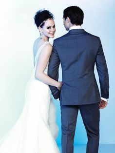 Tessa Virtue + Scott Moir, Canadian Olympic gold medalists in ice dancing <3 Sweet couple - I wish that they would get married in real life!