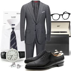 Channeling Mr. Bateman in this weeks Inspiration - Excecutive EleganceSuit - Isaia Napoli, Shirt - Finamore Napoli, Tie - Drake´s London, Shoes - John Lobb Paris, Portfolio - Loewe, Glasses - Garreth Leight, Cufflinks - The Armoury, Pen - Montblanc, Watch - A. Lange & Söhne 1815