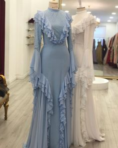 ester haute couture 2019 bridal long sleeves high neck full embellishment vintage modified a line wedding dress keyhole back chapel train mv -- Ester Haute Couture Wedding Dresses Abaya Fashion, Muslim Fashion, Modest Fashion, Fashion Dresses, Dress Up, Dress Outfits, Lace Dress, Vogue Vintage, Look Vintage