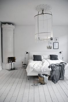 I have a thing for white bedrooms. Found via Sweet Home Style (http://sweethomestyle.tumblr.com/)