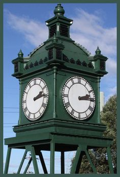 The 'Southern Cross Station Water Tower Clock' that once lived at Flander's Street Station's original clock