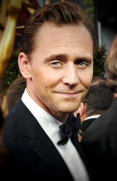 Tom Hiddleston at the 68th Primetime Emmy Awards ~ 9/18/16. Source: the-haven-of-fiction http://the-haven-of-fiction.tumblr.com/post/150639417108/tom-hiddleston-at-the-68th-primetime-emmy-awards
