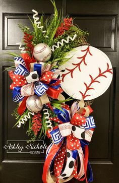 20 Patriotic Wreath to bring the patriotic fervor on your doorstep - sarah Baseball Wreaths, Sports Wreaths, Football Wreath, Baseball Decorations, Baseball Signs, Rangers Baseball, Texas Rangers, Baseball Players, Holiday Decorations