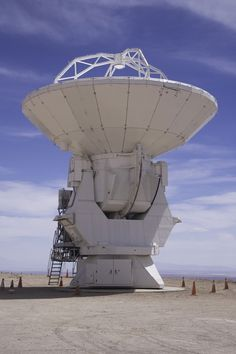 ALMA Observatory Equipped with its First Antenna - National Radio Astronomy Observatory Earth And Space Science, Earth From Space, Cosmos, Radio Astronomy, Sci Fi Ships, Hobbies And Interests, Space Exploration, Ciel, Telescope