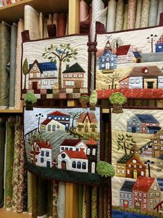 Quilt - Patchwork by Susana Cano Padilla; made using Yoko Saito's Mystery Quilt pattern from 2012 in Quiltmania magazine Patch Quilt, Applique Quilts, Patchwork Quilting, House Quilt Block, House Quilt Patterns, Small Quilts, Mini Quilts, Quilting Projects, Quilting Designs