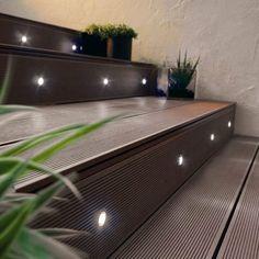 iluminação escada externa