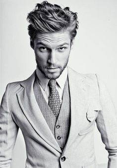 hot men fashion 3 piece suit lovin'. And the hair ;)
