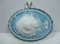 $16.50 Vintage Cameo Pendant Sisters or Friends Aqua Blue and White  Absolutely beautiful!