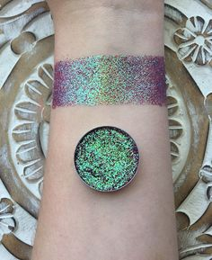 Lava storm iridescent pressed glitter eyeshadow 26mm magnetic