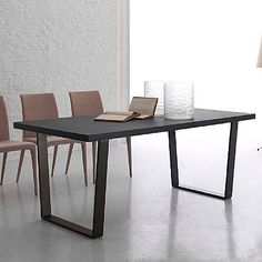 Dark, elegant and ultramodern 'Oxford' table. Contemporary, great and unique design. My Italian Living. Modern Dining Table, Dining Tables, Contemporary Furniture, Furniture Design, Oxford, Minimalist, Shape, Living Room, The Originals