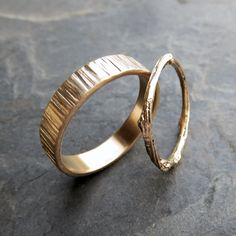 Solid Matching Tree Bark and Twig Wedding Band Set in Wood Grain Yellow or Rose Gold - Flat, Rectangular and Branch Commitment Rings Twig Wedding Band, Wedding Rings Sets Gold, Wedding Rings Simple, Wedding Band Sets, Diamond Wedding Rings, Bridal Rings, Unique Rings, Diamond Engagement Rings, Gold Rings