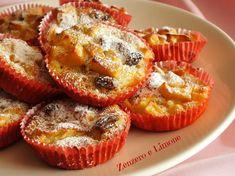 Questi muffins di mele sono piccole tortine preparate con yogurt, frutta e pochissimo olio...niente burro! Un pieno di sana dolcezza!