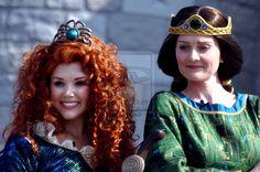 Merida and Elinor All Disney Characters, Disney Princesses, Walter Elias Disney, Princess Merida, Disney Cosplay, Pixar Movies, Disney Dreams, Auditorium, Disneyland Paris