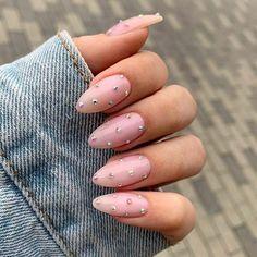 10 Creative Nail Designs for Short Nails to Create Unique Styles Pink Nail Colors, Pink Nails, My Nails, Glitter Nails, Girls Nails, Black Nails, Dope Nails, Swag Nails, Grunge Nails