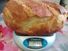A sok kenyér recept közül valami egyszerűt akartam kipróbálni, nagyon jó lett! Bread And Pastries, Naan, Food, Essen, Meals, Yemek, Eten