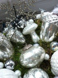 Like mercury ornaments and Items...