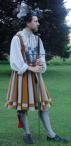RPG costume / cosplay inspiration for men. This fantastic waffenrock was made by my friend Matt. Historical Costume, Historical Clothing, Mens Garb, Luther, German Costume, Retro Fashion, Vintage Fashion, German Outfit, Landsknecht