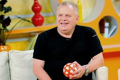 Legendás magyar műsorvezetők KVÍZ! - Felismersz mindenkit? Halle, Tv, Retro, Hall, Television Set, Retro Illustration, Television