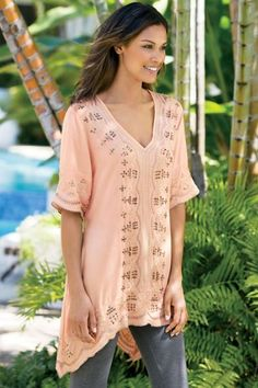 Our Catalina Tunic is cooly exotic and oh-so-soft! A feminine scalloped edge adds an extra level of visual interest and charm.