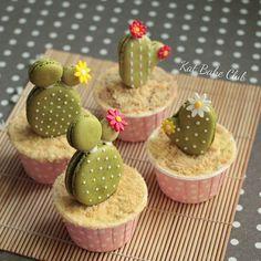 #cactus #suculentas #macaroons #katbakeclub #patisserie #cupcakes