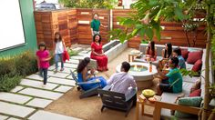 Neighbor-friendly garden   See how a couple turned their yard into the neighborhood's most popular theater
