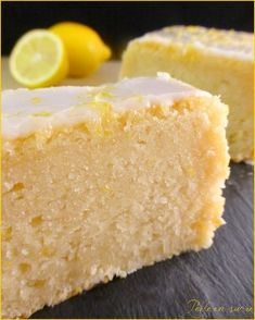 Cake citron vegan (sans oeufs, sans lait, sans beurre) – Perle en sucre Vegan lemon cake (no eggs, no milk, no butter) Homemade Sandwich Bread, Sandwich Bread Recipes, Sweet Recipes, Cake Recipes, Dessert Recipes, Patisserie Vegan, Vegan Lemon Cake, Gateaux Vegan, Milk Dessert