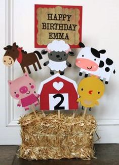 Barnyard / Farm Themed Birthday Party Centerpiece, Farm Birthday, Barnyard Birthday, Baby Shower, First Birthday Farm Animal Party, Farm Animal Birthday, Farm Birthday, 3rd Birthday Parties, Petting Zoo Birthday Party, Birthday Ideas, Farm Themed Party, Barnyard Party, Barnyard Cake