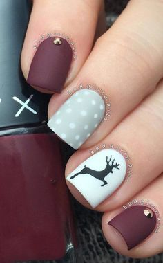 Great done nails in mat colors. The only shine gives rhinestones on some nails. Reindeer in black coolor is great contrast on the nail whose basic color white.