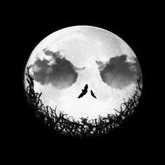Hallow moon - Optical illusion