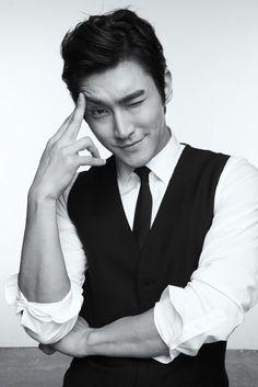 Siwon, my favorite member of Super Junior. Choi Siwon, Lee Donghae, Leeteuk, Heechul, Hot Korean Guys, Korean Men, Asian Men, Asian Actors, Korean Actors