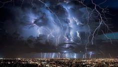 ベネズエラ  カタトゥンボの雷
