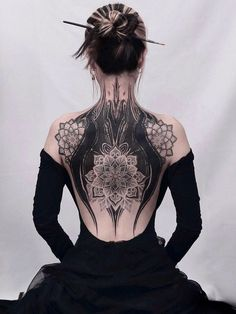 Back Tattoos, Future Tattoos, Body Art Tattoos, Tattoo Drawings, Girl Tattoos, Sleeve Tattoos, Tattoos For Women, Tatoos, Full Body Tattoo