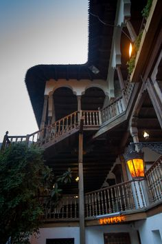 Hanu' lui Manuc - A restaurant, inn, and some souvenir shops in old Bucharest.  Click here to find out more!