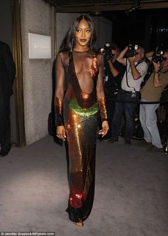 Pose game strong: Naomi smouldered like any top model would...