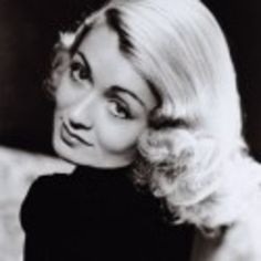 15 Old Fangled Hairstyles From 1930s Trending Again 30s Hairstyles For Long Hair