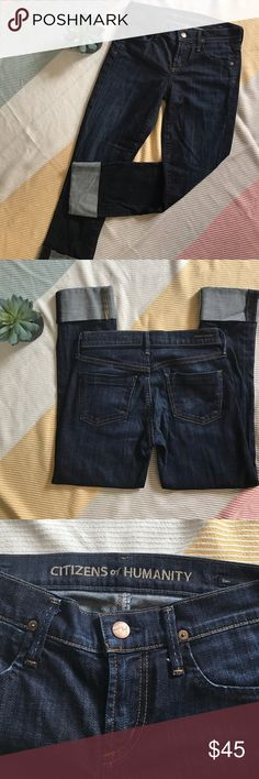 "🆕 listing! {Citizens of Humanity} dani crop Dani straight leg crop in excellent used condition! No flaws to mention! Measurements are 24"" inseam / 8"" rise / 13 1/2"" across waistband while laying flat and buttoned / 2% spandex for stretch - bundle and save more! Citizens of Humanity Jeans Ankle & Cropped"