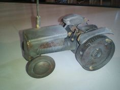 Nut & bolt Fergy 20 tractor
