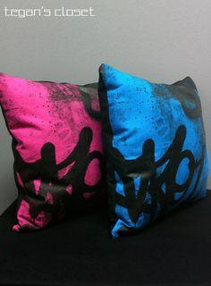 Graffiti Decorative Pillow - Pink and Blue